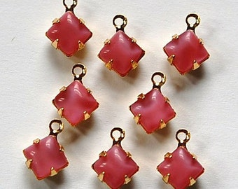 Pink Moonglow Square Glass Stones in One Loop Gold Setting squ006D