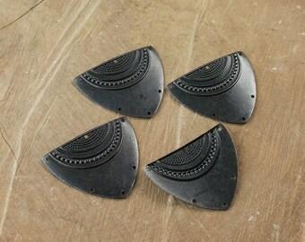 6 Hole Matte Black Dapped Triangle Shield Tribal Pendant Connector (4) mtl180K