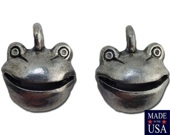 Silver Plated Pewter Frog Head with Articulate Mouth Charm 14x12mm (2) gyb016A