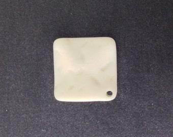 Vintage Matte Soft White Etched Square Wavy Acrylic Pendants 20mm (4) pnd149F