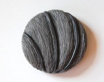 Large Vintage Faux Grass Fiber Gray Detailed Plastic Button LG btn021C
