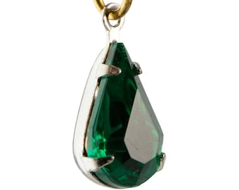 Vintage Emerald Glass Teardrop Stone 1 Loop Silver Plated Setting par007J