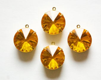 Vintage Topaz Rivoli Acrylic Stones 1 Loop Brass Settings 15mm rnd006C c32df3dd51a7