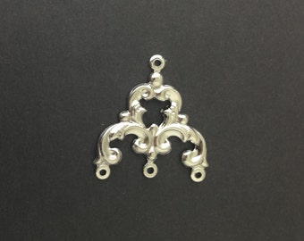 4 Loop Silver Plated Brass Scrolled Chandelier Pendant Findings 23x22mm (4) mtl084A