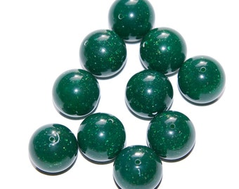 Vintage Green Lucite beads with Gold Specks 14mm bds705