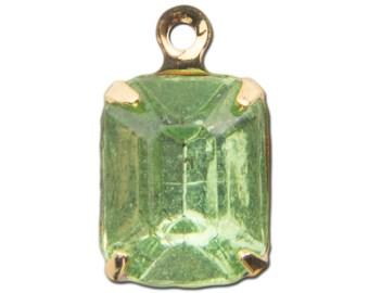 Faceted Peridot Glass Stone in 1 Loop Gold Setting 10x8mm (4) squ020NN
