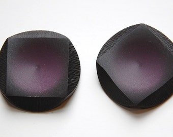 Vintage Black Etched Plastic Round Button with Purple Square btn029