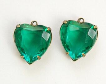 Emerald Green Glass Heart Pendants 1 Loop Brass Ox Setting 15mm hrt006C