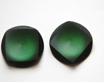 Vintage Black Etched Plastic Round Button with Green Square MD btn029E
