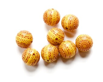 Vintage Yellow and Rusty Orange Etched Mosaic Acrylic Beads 12mm bds014C