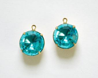 Vintage Aqua Faceted Glass Stones 1 Loop Brass Settings 15mm rnd012E