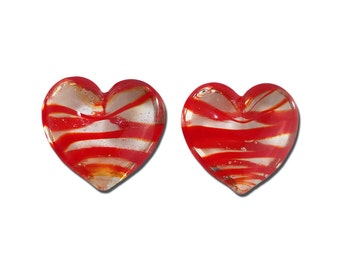 Transparent Red Striped Glass Hearts  25x22mm (2) gyb012B
