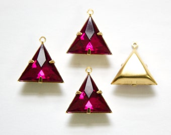Fuchsia Acrylic Triangle in 1 Loop Brass Setting Pendant Drop tri001J