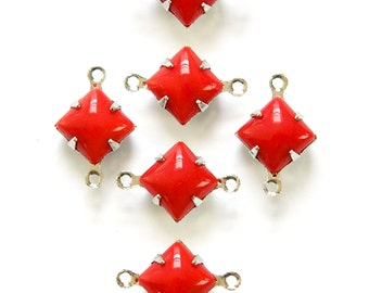 Vintage Opaque Red Square Glass Stones 2 Loop Silver Setting 8mm squ008EE2