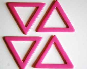 Vintage Pink Acrylic No Hole Triangle Hoop Connector Pendant hps049A