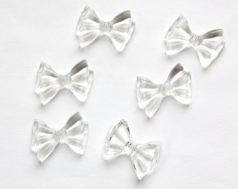 Vintage Crystal Clear Plastic Bow Beads (6)  bds262D