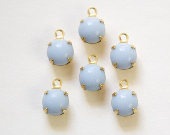 Vintage Periwinkle Blue Glass Stone 1 Loop Brass Setting Drops rnd001L