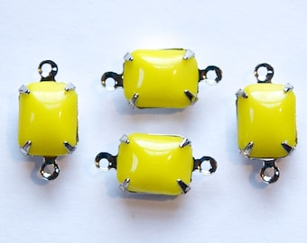 Vintage Opaque Yellow Stones 2 Loop Silver Plated Setting 10x8mm squ007B2