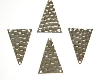 3 Hole Silver Plated Hammered Triangle Pendant Findings mtl512D