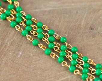 Vintage Jade Green Plastic Beaded Chain Coppery Gold Links Japan chn020K