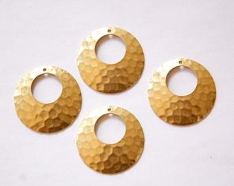 1 Hole Raw Brass Hammered Hoop Pendant 26mm (4) mtl100A