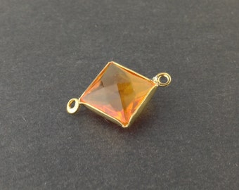 2 Loop Vintage Topaz Acrylic Faceted Channel Set Square Drops 14mm (6) chr087B