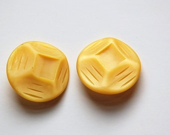 Vintage Etched Geometric Yellow Plastic Buttons btn030A