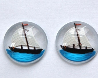 Round Glass Sailboat Intaglio Cabochons 18mm (2) int003B