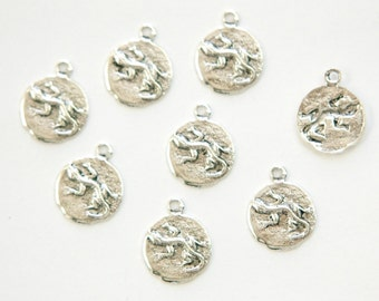Antiqued Silver Plated Lizard Salamander Charm Drops with Loop (8) chr051H DISCONTINUED