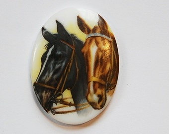 Vintage Brown and Black 2 Horses Glass Cameo 40x30mm (1) cab748E