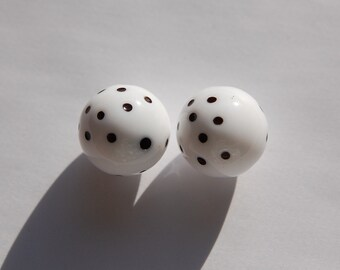 Vintage White and Black Polka Dot Beads 16mm (2) bds827A