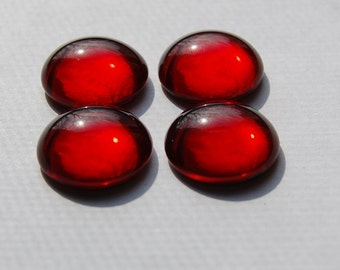 Vintage Red Glass Dome 18mm Cabochons cab706H