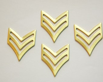 Raw Brass 2 Bar Chevron V Pendant Findings (4) mtl384A