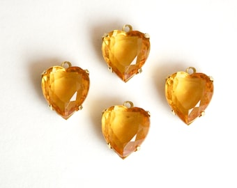 Vintage Faceted Topaz Glass Heart Pendants in 1 Loop Brass Setting 12mm hrt005D