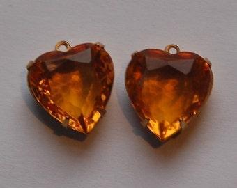 Topaz Glass Heart Pendants in 1 Loop Brass Setting 15mm hrt001D