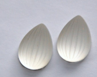 Matte Crystal Ribbed Melon Glass Pear Cabochons 18mm x 13mm cab450B