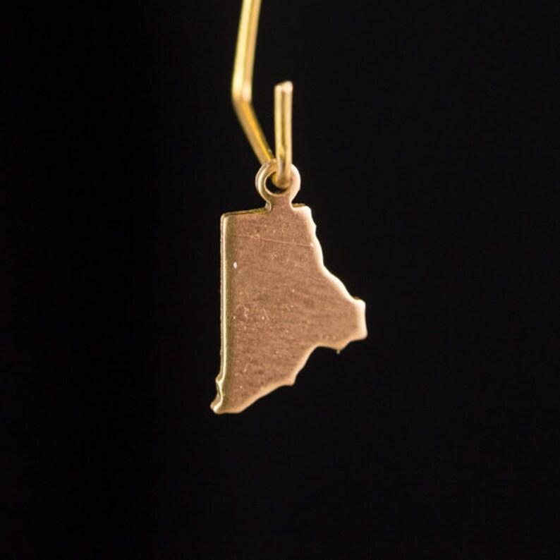 chr228FF 6 Raw Brass Rhode Island Blank State Charm Drops