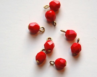 1 Loop Red Faceted Glass Drops Czech Beads 6mm (8) drp084A