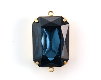 Vintage Montana Blue Faceted Glass 2 Loop Brass Setting 25x18mm squ012D2