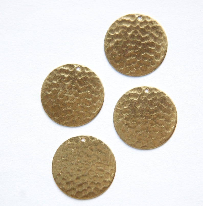 4 1 Hole Raw Brass Hammered Circle Pendants 23mm mtl297E