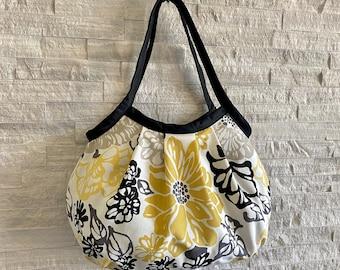 Granny Bag, shoulder bag, gift for her - Invigorate Oro
