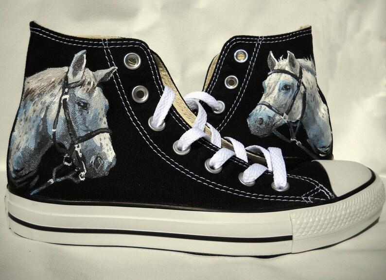 Caballo blanco Converse zapatos pintados a mano