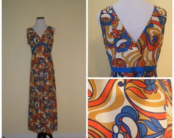 early 70s groovy maxi dress, empire waist, snap front, psychedelic floral print, most comfy summer hostess dress, size M-L.