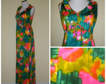 60s tropical maxi dress. Artsy earthy abstract mod Mid Century print, empire bust line, ruffle collar. Perfect summer tiki gown. Size M.
