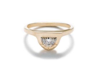 Omnia Half Moon Diamond Ring - Medium Diamond
