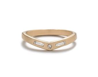 Basio Ring - White Diamond - 14k Gold - Geometric Ring