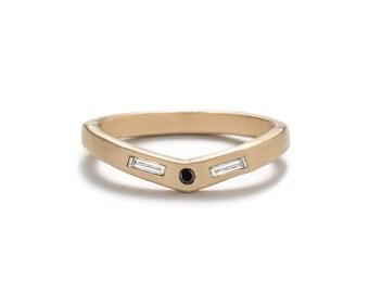 Basio Ring - Black Diamond - 14k Gold - Geometric Ring