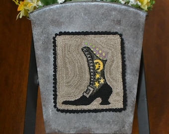 """Instant downlad, PDF #180711, WITCHY BOOT Sampler #1, Punch needle, 4"""" x 4 1/4"""""""