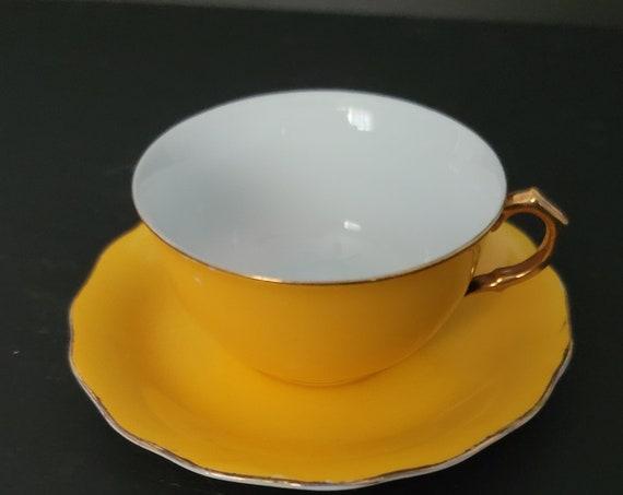 Mid Century Goldcastle Japan Tea Cup