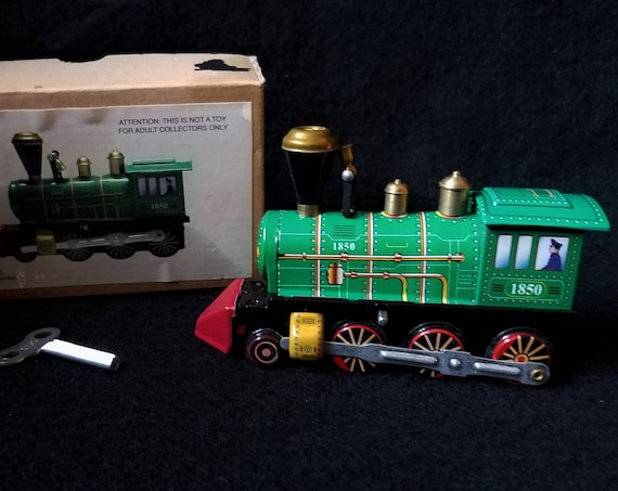 Collectors Wind-up Locomotive